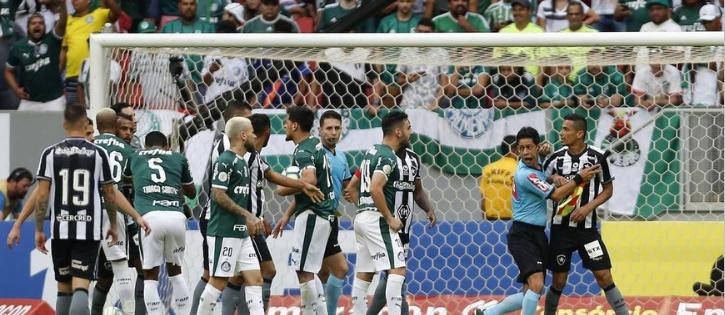 Botafogo estuda desistir de recurso de jogo com Palmeiras no CAS por alto custo