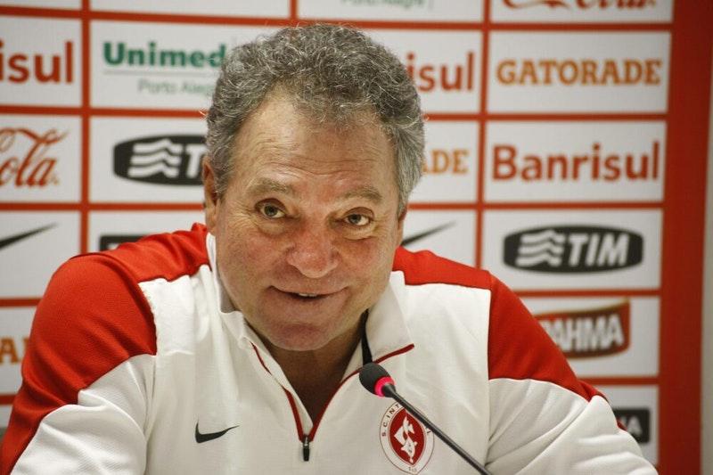 Abel Braga diz que torcerá pelo Inter no jogo contra o Flamengo
