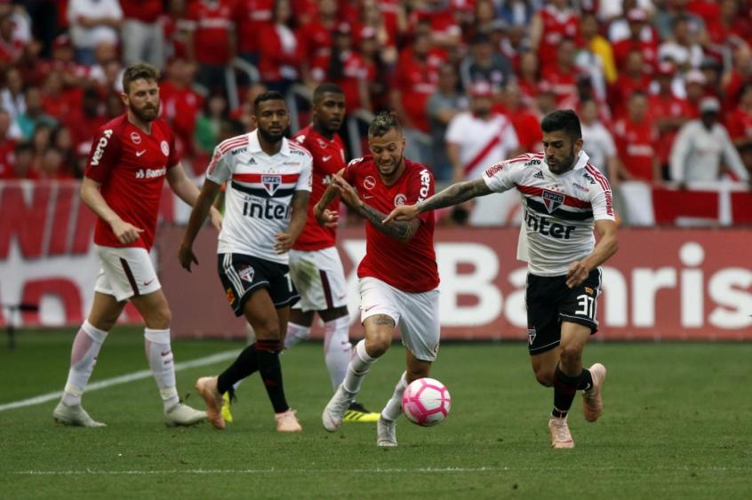 Sóbis marca e Inter bate o São Paulo no Brasileirão