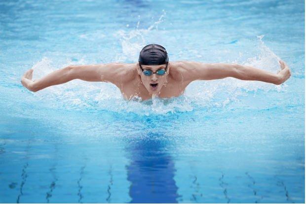 5 benefícios da natação para o seu corpo
